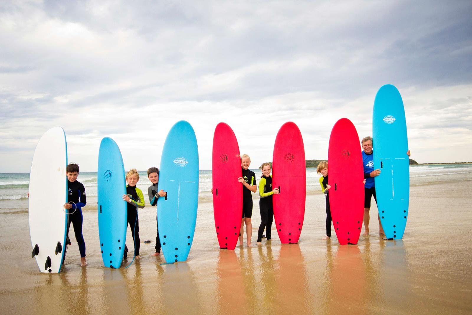 joijn a kids surfing program